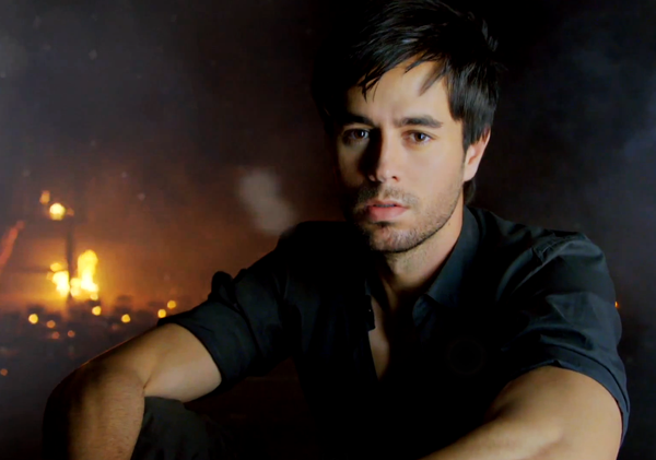 Enrique Iglesias with Usher feat. Lil Wayne & Nayer